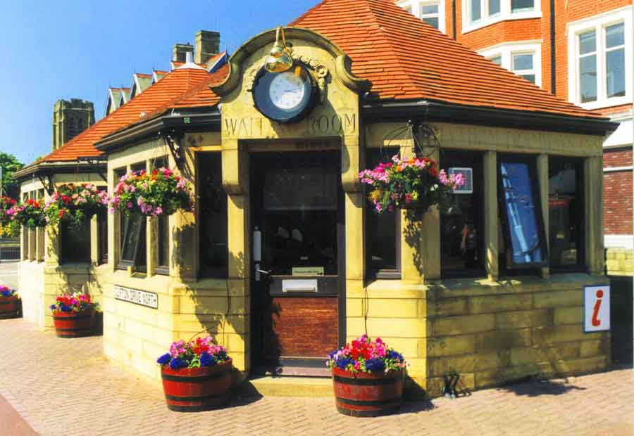 Blue Plaque - Tramway Passenger Shelter St Annes on Sea
