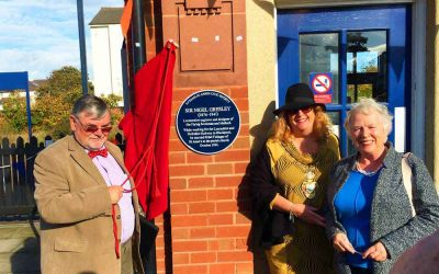 Plaque For Sir Nigel Gresley Flying Scotsman Engineer Unveiled